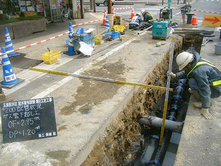 配管状況 ガス管下越しOF=2.95m DP=1.20m
